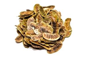 Сенна  листики, по сути это плодовместилища, а не листья, но традиционно их называют листиками сенны.