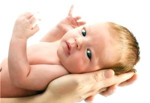 Что делать, если у новорожденного нет стула